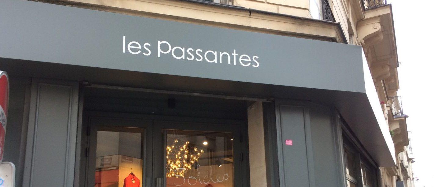Les passantes, café boutique à Paris